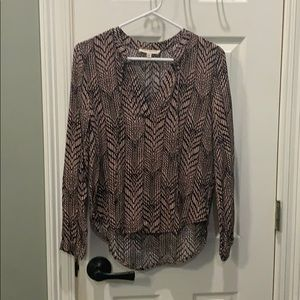 3/$15 Olive and Oak print blouse